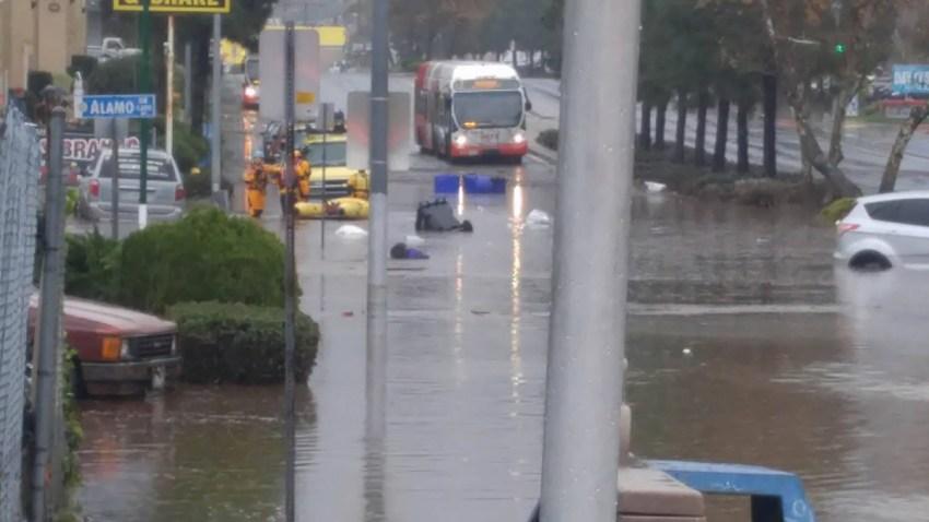 01-20-17 Rolando Flooding on University Avenue