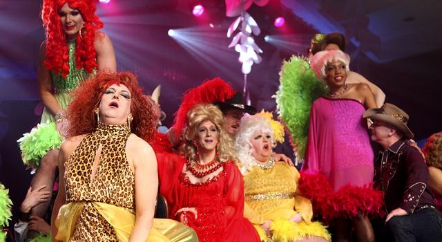 032209 Top Ent Drag Queens
