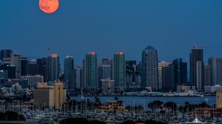 [UGCDGO-CJ]Supermoon over San Diego