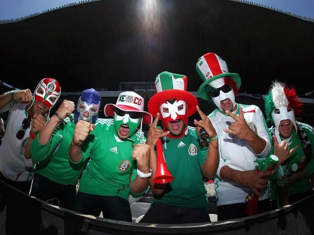 081309 TOP NEWS Mexico Soccer