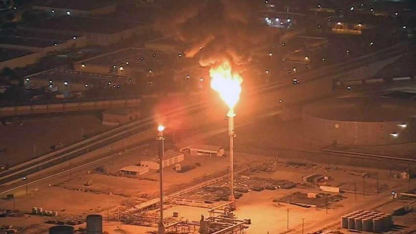 10-11-2016-torrance-refinery-flare-1
