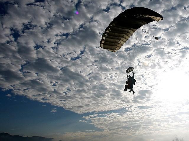 12.18-skydiving