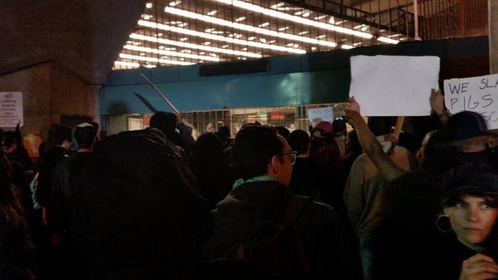 1205-2014-BARTProtest