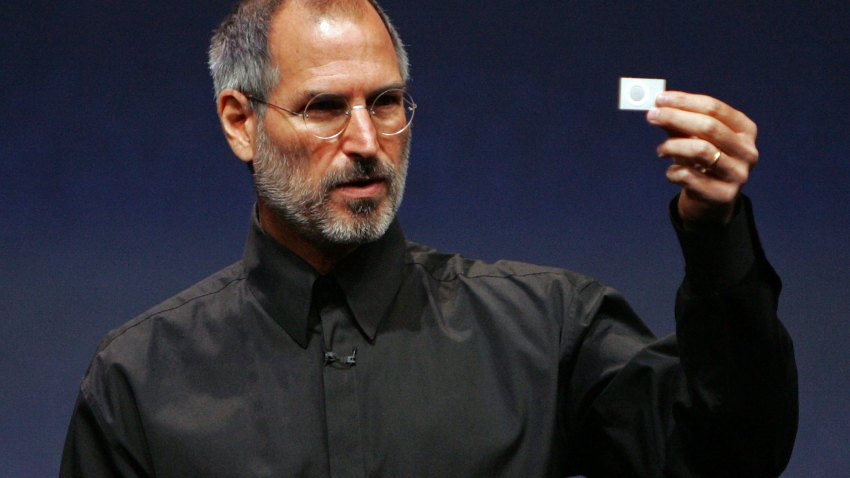 71862489JS018_Apple_Unveils