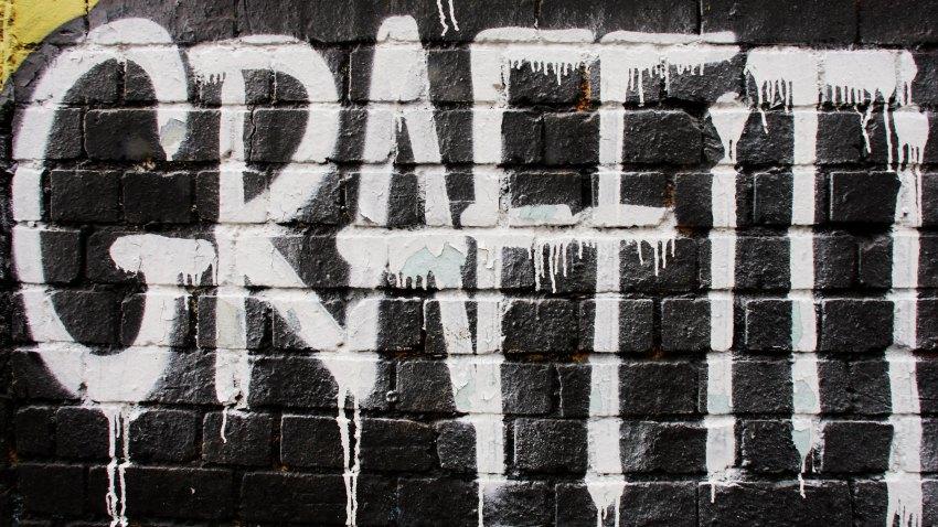 graffiti spray paint generic