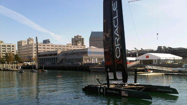 America's-Cup-Boat-1109
