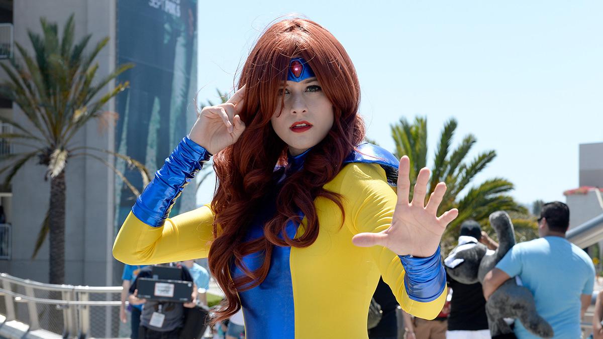 Babes of Comic-Con 2015 - NBC 7 San Diego