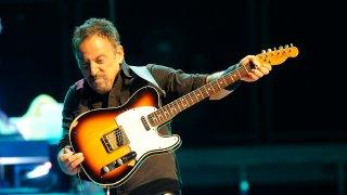 Bruce-Springsteen-Mohegan-Sun-Arena