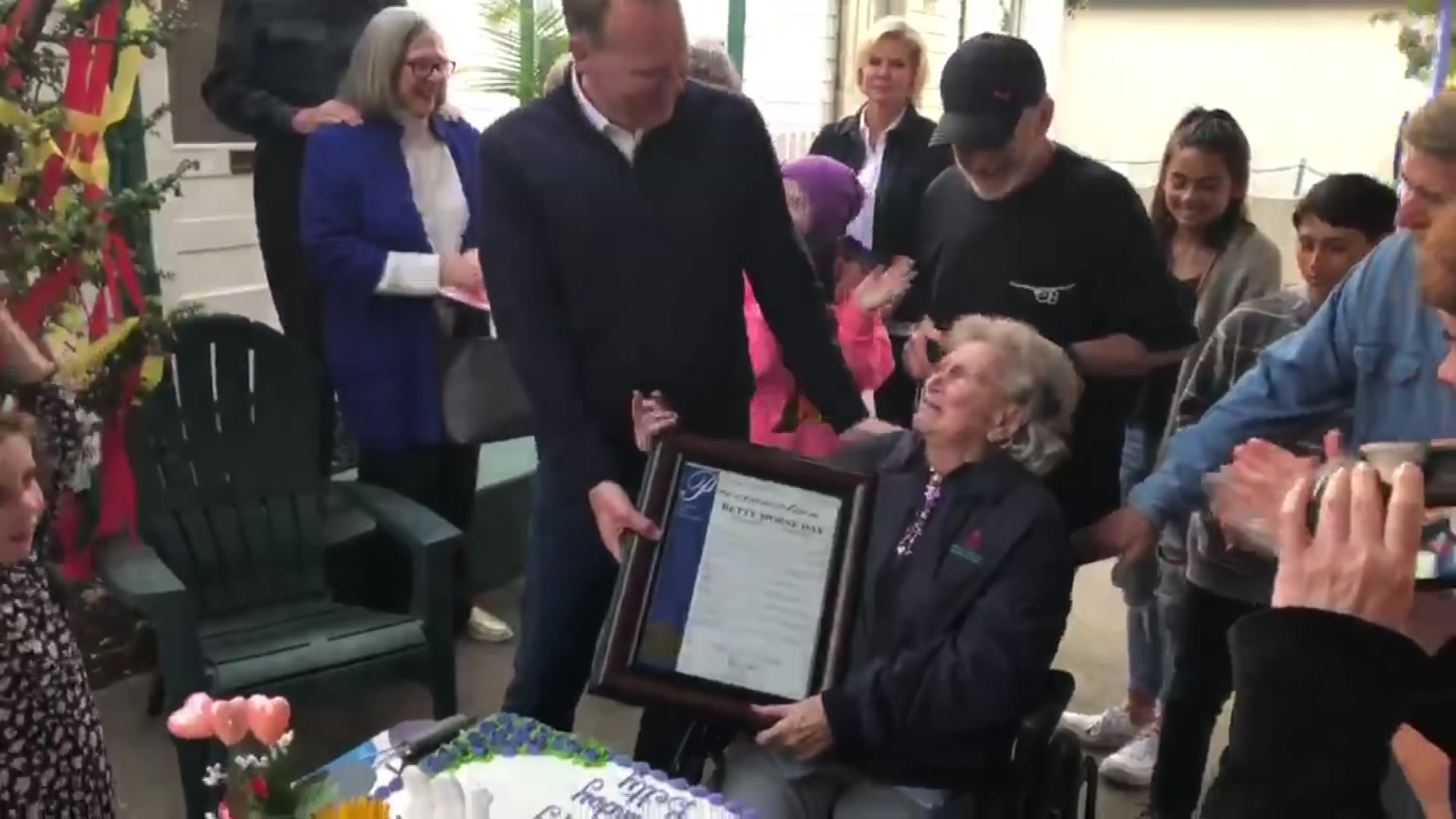 Mayor Faulconer Helps Celebrate OB Woman's 100th Birthday With Special Gift