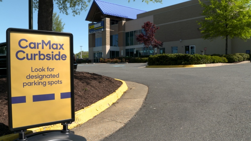 CarMax Curbside sign