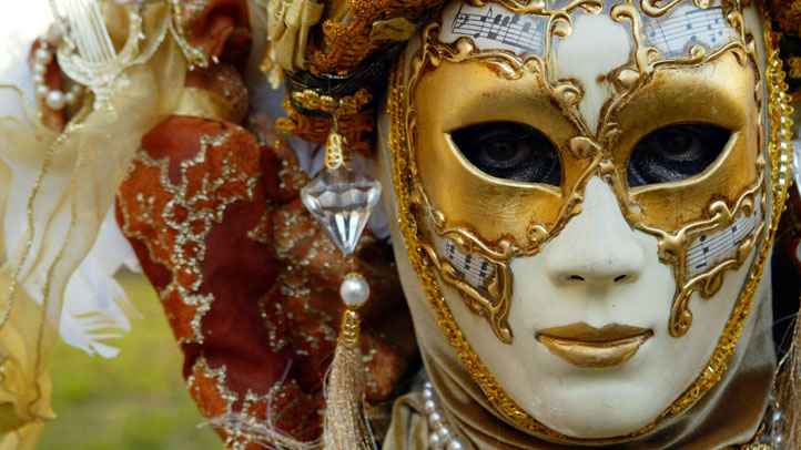 Carnival-Mardi-Gras-5214103
