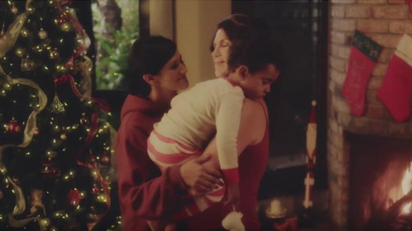 Danielle LoPresti Santa Claus Screenshot