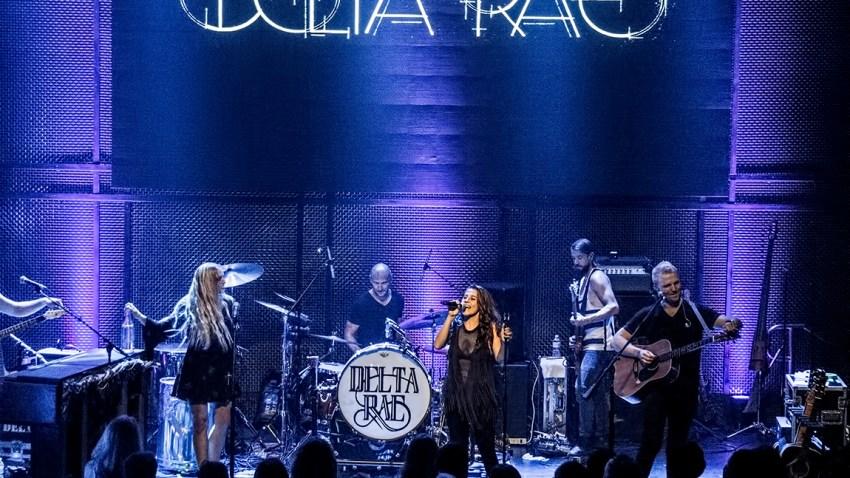 Delta Rae Music Box4