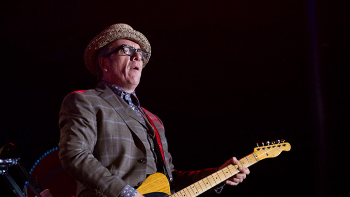 Elvis Costello-9678 722