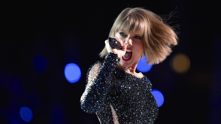Taylor Swift Tops Forbes List of 2016 Highest-Paid Women in Music