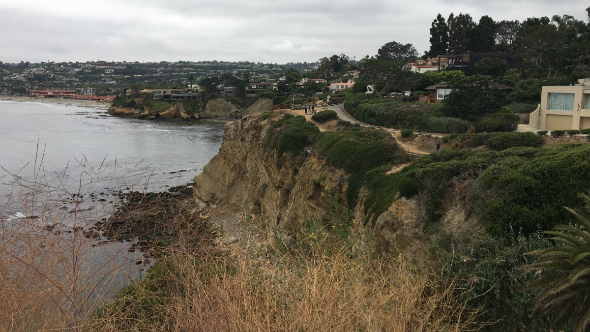 Body Found at Bottom of Cliff in La Jolla Shores Beach ID'd