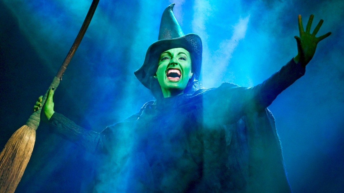 Jackie Burns, Longest-Running Elphaba in Wicked on Broadway ...