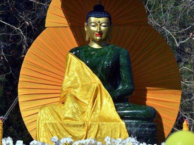 Jade-Buddha-Escondido