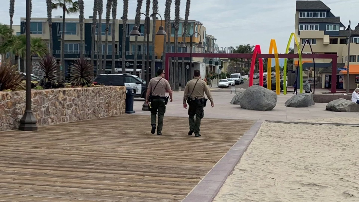 Beach, Park Parking Lots Closed To Discourage Crowds