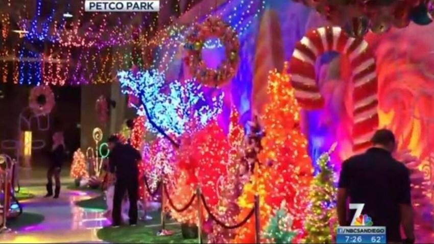 Petco Holiday Wonderland 1013
