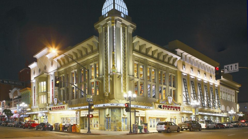 Reading-Cinemas-Gaslamp