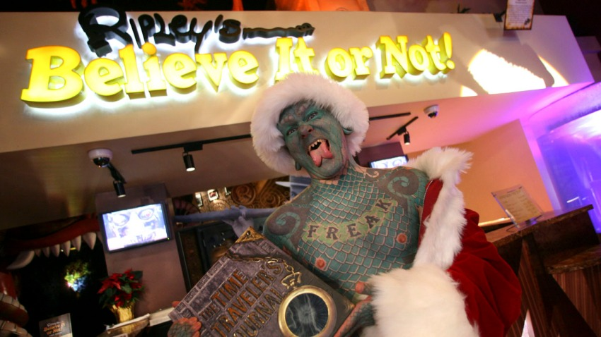 Ripleys-Believe-it-or-Not-Christmas