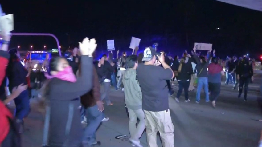 SD protest on freeway 8
