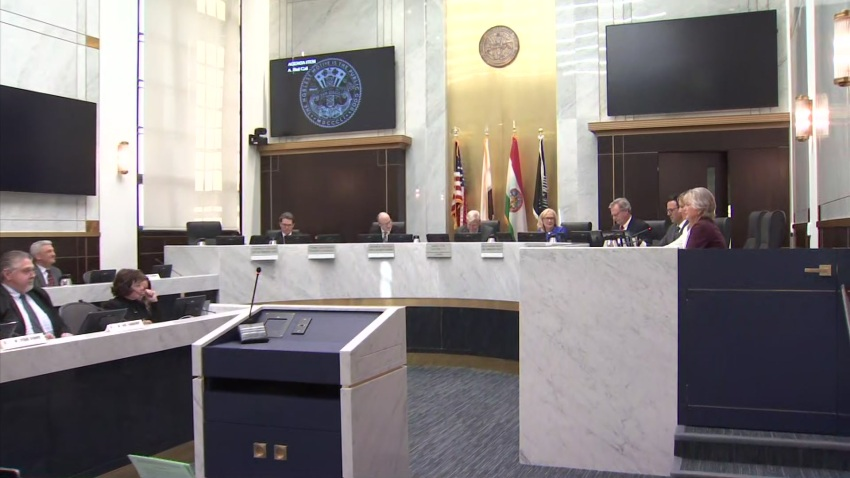 nbc7 photo of board meeting
