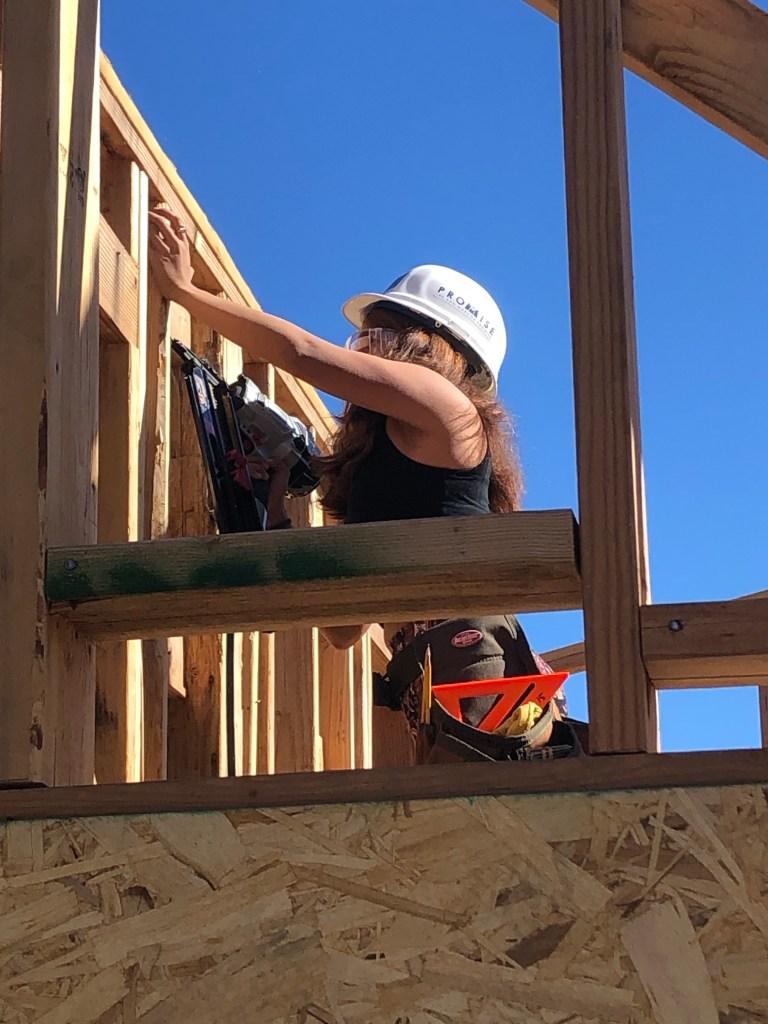 San Marcos high student builder