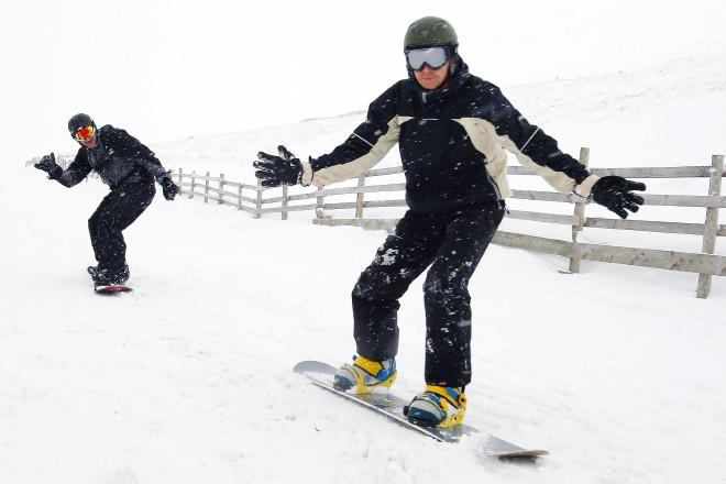 Snowboard_84671280