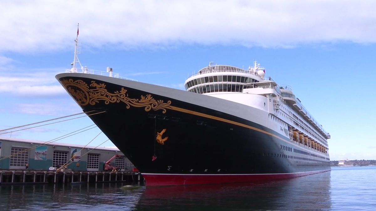 Cruise Ship Disembarks at Port of San Diego With More Than 800 Passengers