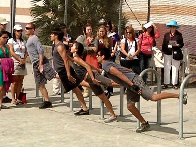 Trolley Dances_7