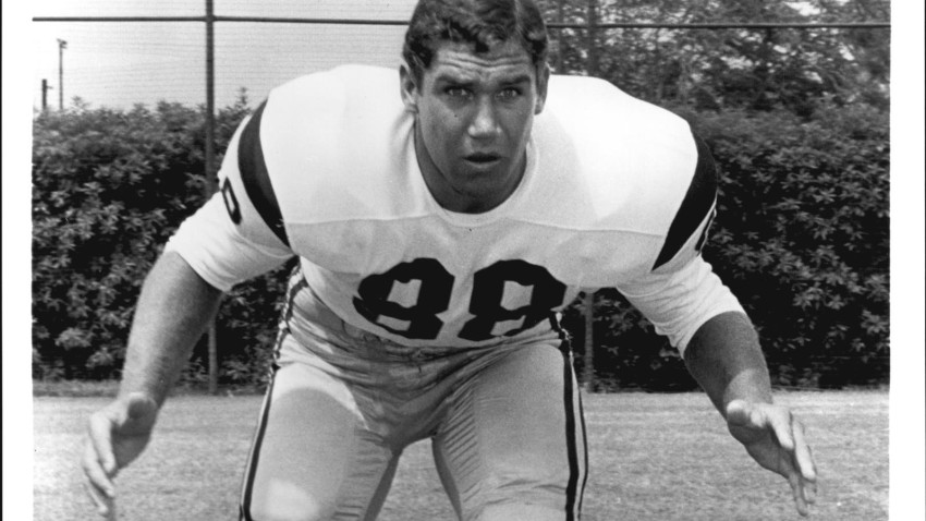 USC_DEFENSIVE_END_TIM_ROSSOVICH_2_