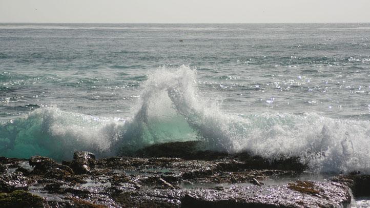 Wave-Breaking-La-Jolla