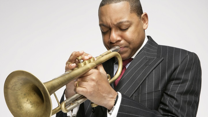 WyntonMarsalis06playing_Clay Mcbride_300
