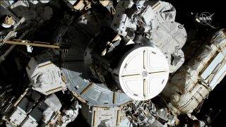 all female spacewalk 6