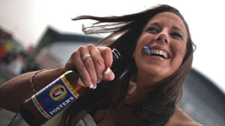 beer_bottle_happy_alcohol 722