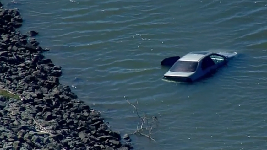 car into sweetwater river