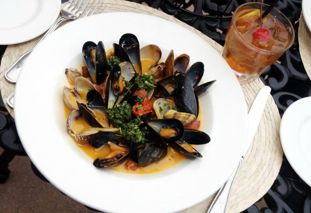cosmo_mussels