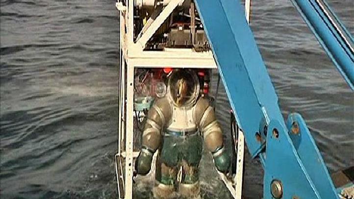 diver-suit