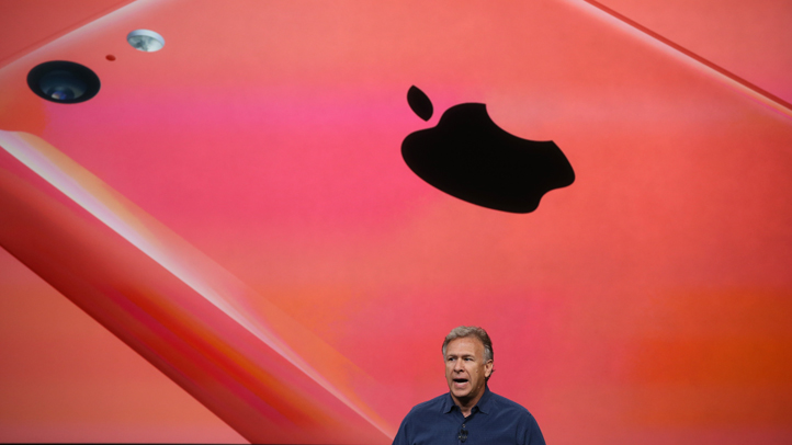 179681877MB00025_Apple_Expe