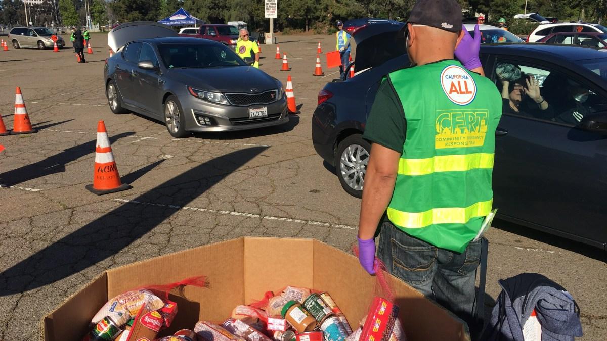 1,000 San Diego Families Line Up for Drive-Thru Food Distribution: SD Food Bank