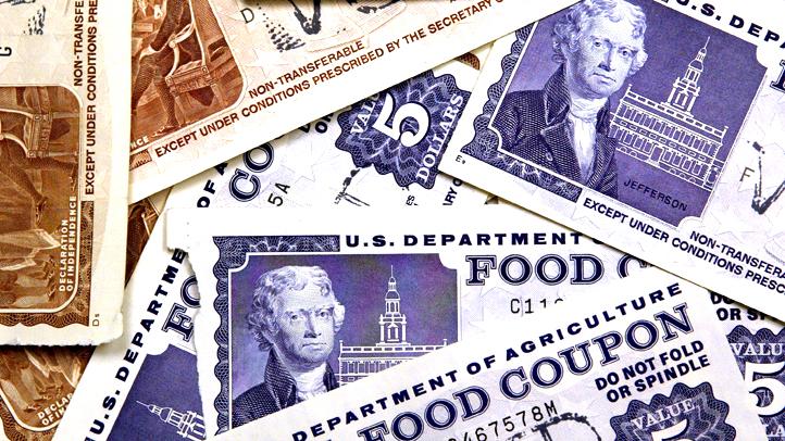50989681TB003_foodstampcard