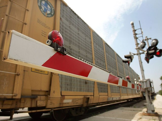 freight-train-crossing