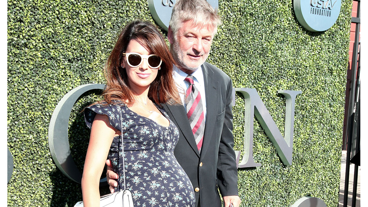 Hilaria Baldwin Shares Post Baby Selfie One Day After ...