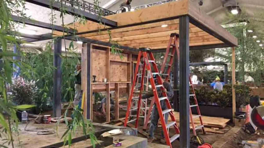 homegardenshowsetup _030416