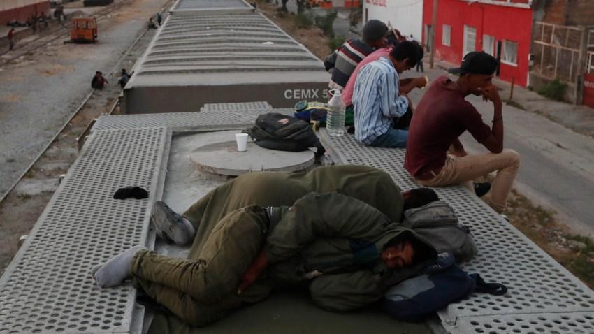 APTOPIX Mexico Migrant Caravan