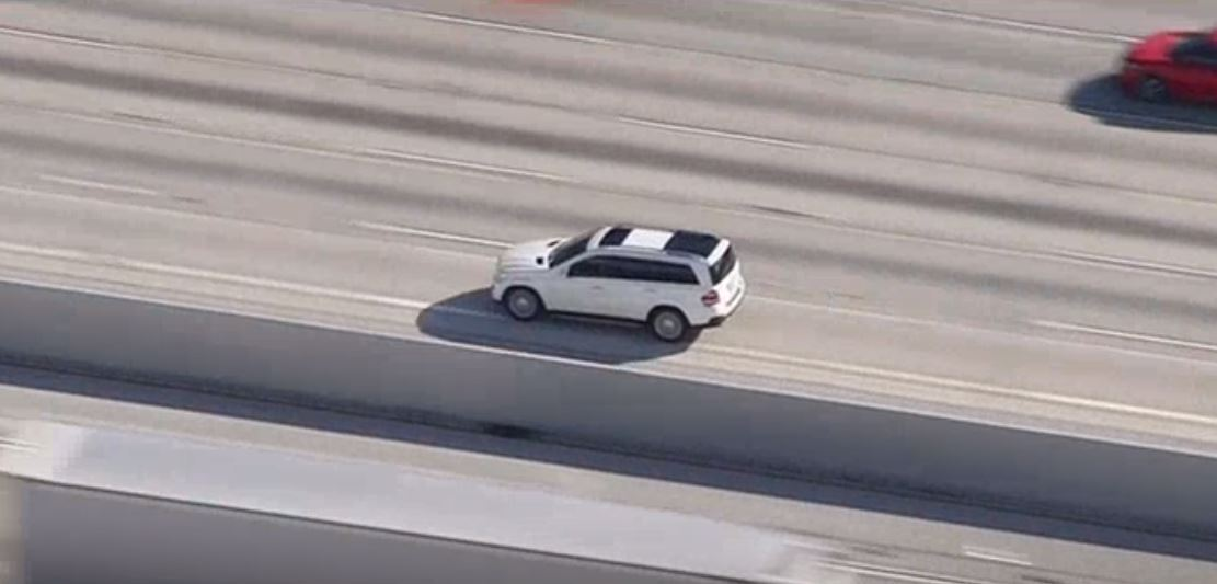 Police Chase SUV at High Speeds on San Fernando Valley Freeways