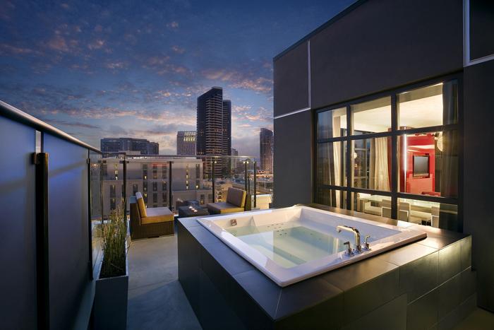 012109 Upscale Hotel