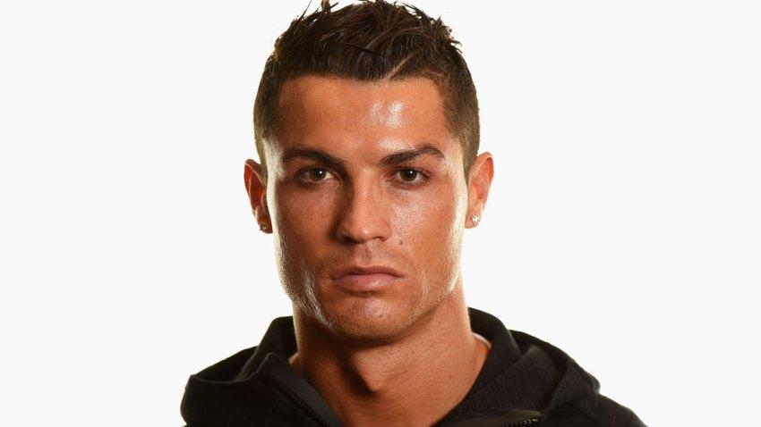 598212485ME00041_FIFA_Ballo